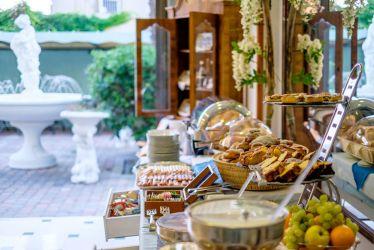 hotel-brisol-bellaria-buffet