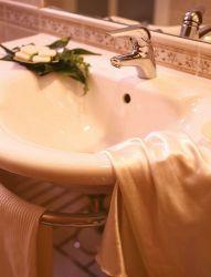 hotel-bristol-bellaria-bagno-in-camera