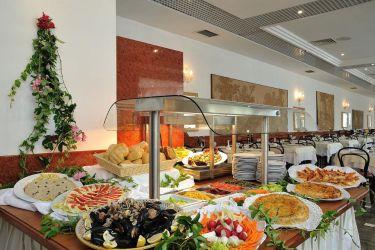 hotel-bristol-bellaria-buffet