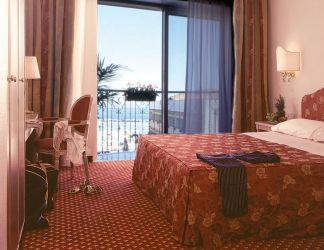 hotel-bristol-bellaria-camera