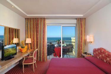 hotel-bristol-bellaria-camera-con-tv