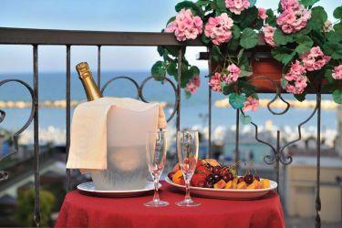 hotel-bristol-bellaria-servizio-in-camera