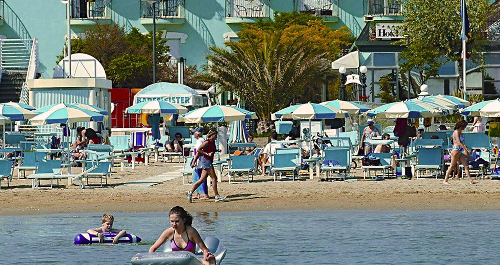 hotel-bristol-direttamente-sulla-spiaggia