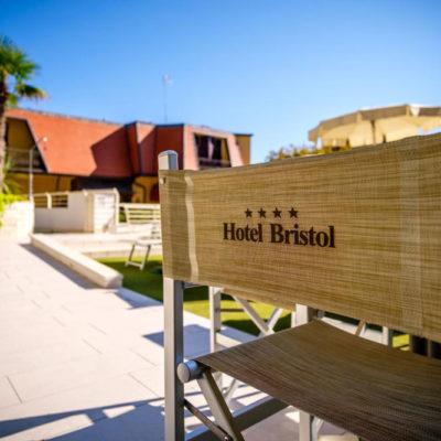 hotel-bristol-4-stelle-bellaria-sedia